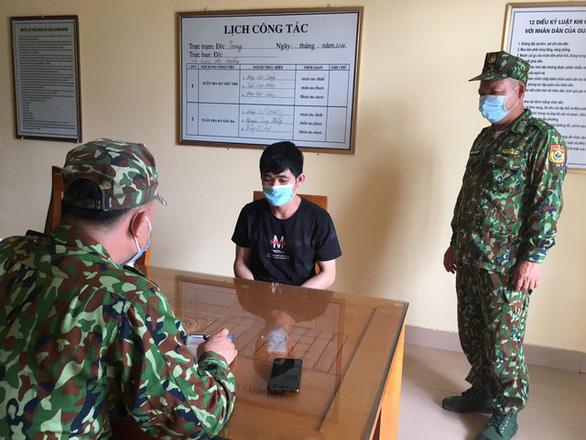 5 người Trung Quốc cư trú trái phép ở Hà Nội, 4 người đang bỏ trốn - Ảnh 2.