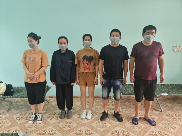 5 người Trung Quốc cư trú trái phép ở Hà Nội, 4 người đang bỏ trốn - Ảnh 3.