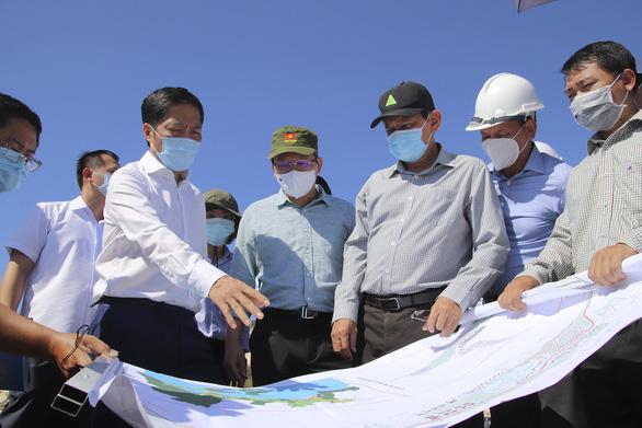 Hoạch định hướng phát triển mới cho vịnh Vân Phong - Ảnh 1.