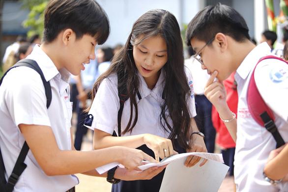 TP.HCM: Vẫn thi tuyển sinh lớp 10 đầu tháng 6, thí sinh bị cách ly sẽ miễn thi - Ảnh 1.