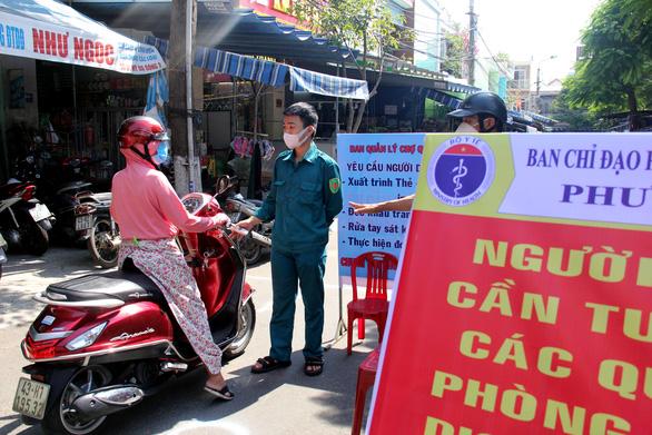 Thứ trưởng Bộ Y tế: Lo ở Hà Nội, Đà Nẵng, Bắc Ninh... - Ảnh 1.
