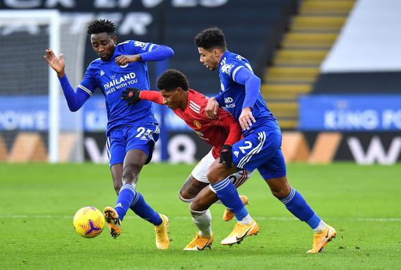 Leicester vẫn yếu bóng vía - Ảnh 1.