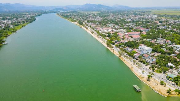 Thừa Thiên Huế công bố giải nhất thiết kế cầu vượt sông Hương - Ảnh 3.