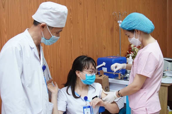 Nhiều bệnh viện tư nhân báo lãi giữa thời dịch COVID-19 - Ảnh 1.