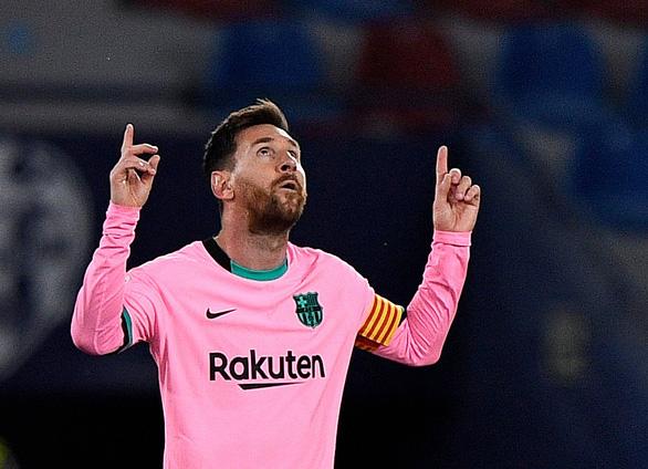 Đánh rơi chiến thắng, Barca cạn hi vọng vô địch - Ảnh 1.