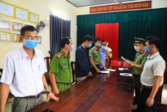 Tổ chức cả xe cảnh giới đưa người Trung Quốc nhập cảnh trái phép - Ảnh 1.
