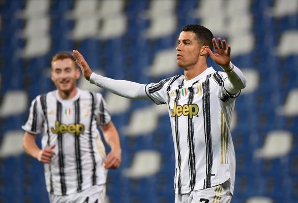 Ronaldo ghi bàn thứ 100 cho Juventus - Ảnh 2.