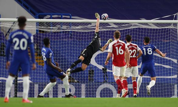 Arsenal hạ đo ván Chelsea ngay tại Stamford Bridge - Ảnh 2.