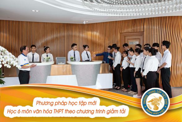 Phụ huynh mạnh dạn cho con em học Trung cấp Việt Giao - Ảnh 1.