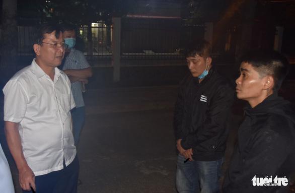 Vụ nam thanh niên bị đâm chết trên đường ở Tiền Giang, 2 người ra đầu thú - Ảnh 1.