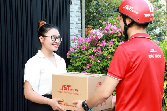J&T Express góp sức phá đường dây lừa đảo cộng tác viên bán hàng online - Ảnh 2.