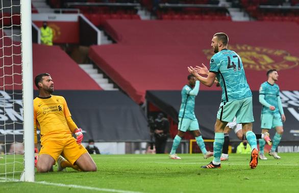 Ngược dòng trước Man Utd tại Old Trafford, Liverpool tiến sát top 4 - Ảnh 2.