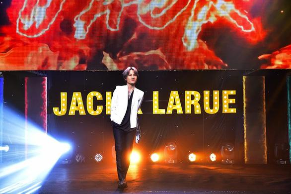 Jack thử sức mình trong nhiều vai trò mới - Ảnh 3.