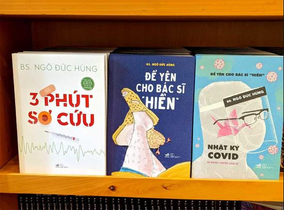 Sách của bác sĩ Ngô Đức Hùng được mua nhiều nhất tại Hội sách trực tuyến quốc gia - Ảnh 1.