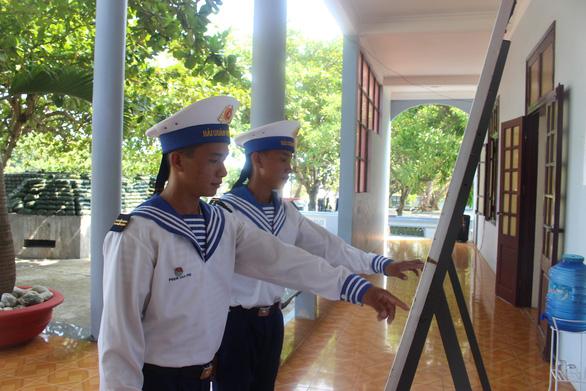 Không khí bầu cử đã rộn ràng ở Trường Sa - Ảnh 2.