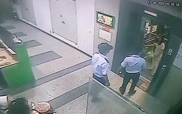 Nhất quyết không đeo khẩu trang ở thang máy chung cư, người phụ nữ bị phạt 2 triệu - Ảnh 2.