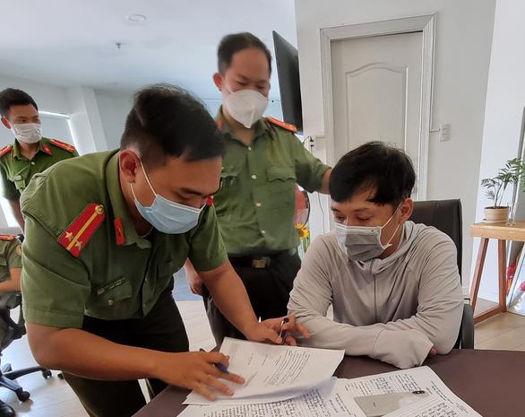 Bắt 1 giám đốc giúp người nước ngoài nhập cảnh trái phép dưới vỏ 'chuyên gia' - Ảnh 2.