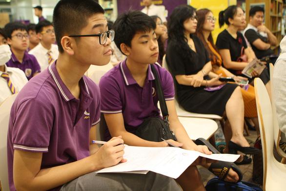 Không yêu cầu viết đánh giá học sinh vào sổ theo dõi, học bạ - Ảnh 1.