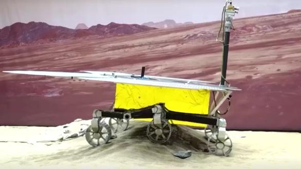 Trung Quốc đã hạ cánh tàu thăm dò xuống bề mặt sao Hỏa - Ảnh 1.
