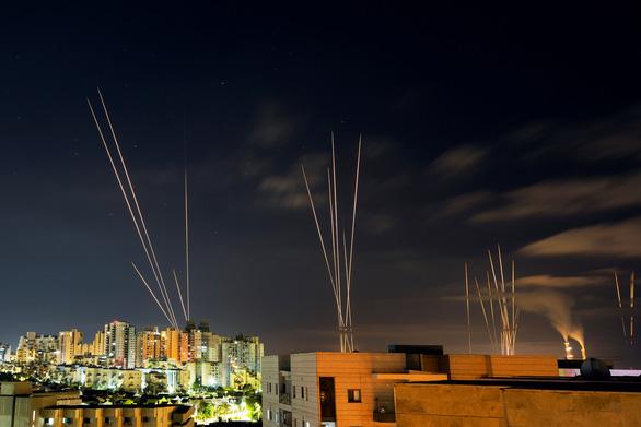 Israel đánh bom nhà của thủ lĩnh Hamas tại Dải Gaza - Ảnh 1.