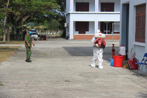 15 trường hợp F1 của chiến sĩ ở Quảng Nam âm tính với COVID-19 - Ảnh 1.