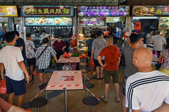 COVID-19 ở Đông Nam Á: Singapore có kỷ lục ca nhiễm cộng đồng trong nhiều tháng - Ảnh 1.