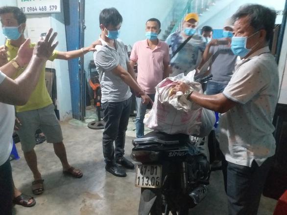 Vụ mang xà beng đột nhập tiệm vàng lấy sạch 300 lượng: bắt nghi phạm ở trọ cùng phường - Ảnh 3.