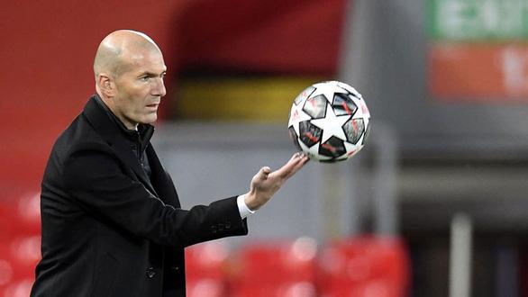 Zidane chia tay Real Madrid vào cuối mùa - Ảnh 1.