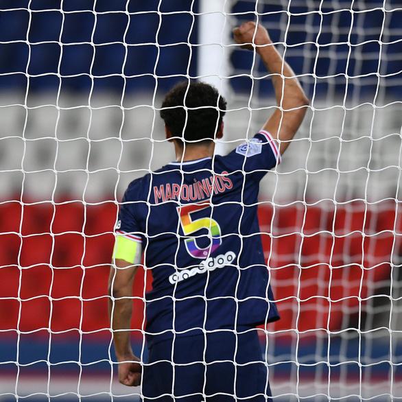 Neymar và Mbappe lập công giúp PSG thu ngắn cách biệt với Lille - Ảnh 3.
