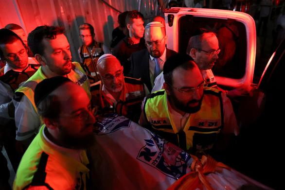 Sập khán đài giáo đường ở Israel: 2 người chết, hơn 100 người bị thương - Ảnh 2.