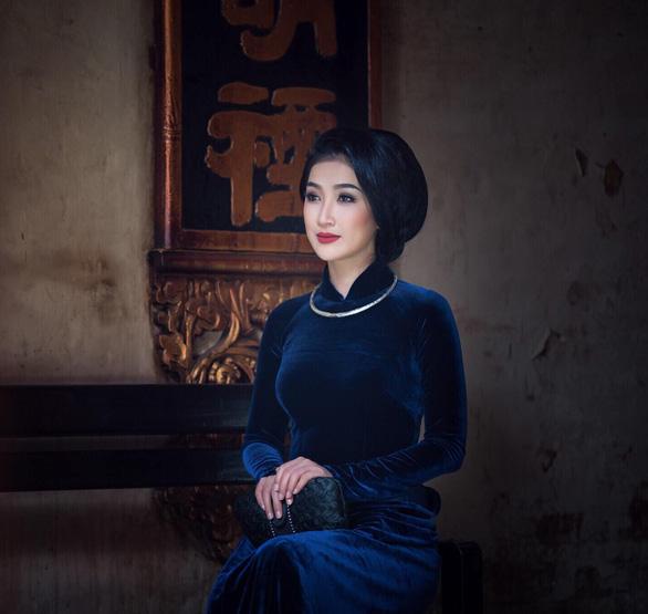 Quyền Linh, Tiến Luật, Khả Như bật khóc vì thương mẹ, nhiều nghệ sĩ lên tiếng tri ân khán giả - Ảnh 2.