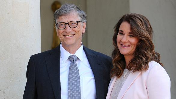 New York Times: Tỉ phú Bill Gates từng theo đuổi vài phụ nữ và bị điều tra - Ảnh 1.