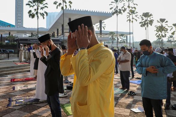 Xuất hiện biến thể siêu lây nhiễm ở Malaysia - Ảnh 1.