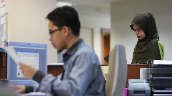 لیسانس در مالزی به دلیل مازاد بیکار هستند؟  - تصویر 1