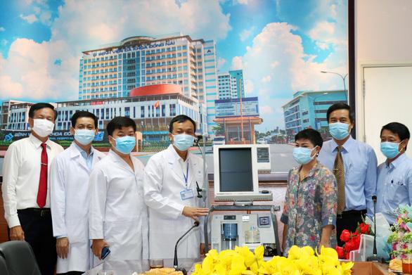 Bệnh viện Đồng Nai nhận 2 máy thở cao cấp phòng chống COVID-19 - Ảnh 1.