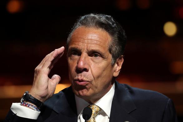 Thống đốc New York 'bỏ túi' 5,1 triệu USD nhờ viết sách về COVID-19 - Ảnh 1.