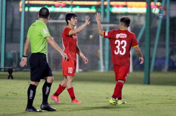 Tuyển Việt Nam thắng đội U22: Công Phượng ghi bàn, Văn Hậu được thi đấu - Ảnh 1.