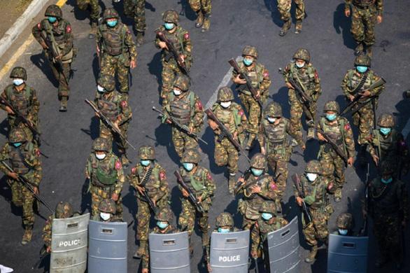 Mỹ, Anh, Canada áp trừng phạt bổ sung lên quân đội Myanmar - Ảnh 1.