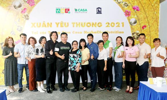 Herbalife Việt Nam tổ chức chương trình Xuân Yêu Thương tại các trung tâm Casa Herbalife Nutrition - Ảnh 1.