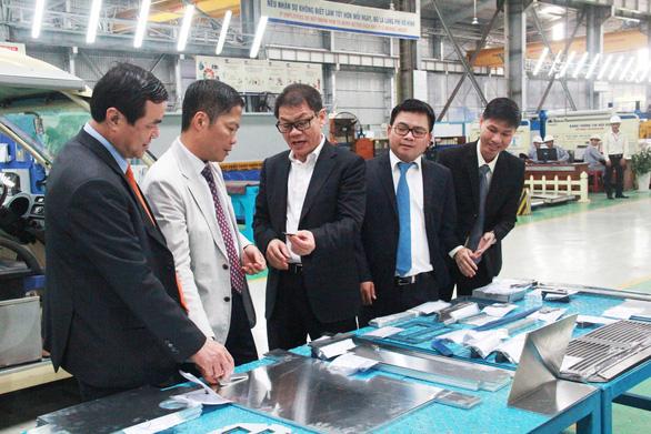 Vì sao Thaco của tỉ phú Trần Bá Dương hủy đăng ký công ty đại chúng? - Ảnh 1.