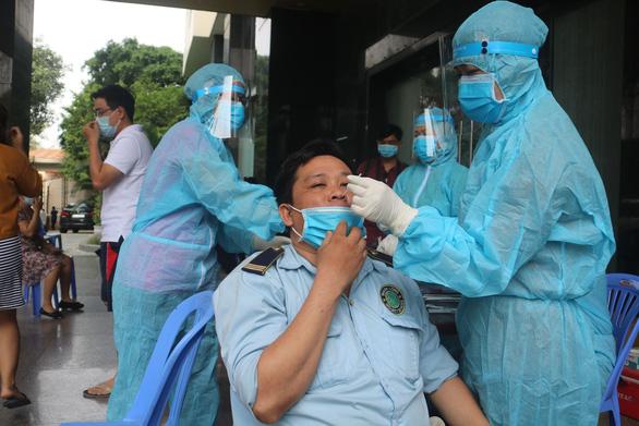 Bệnh nhân COVID-19 ở Thủ Đức có biến chủng Ấn Độ đang gây dịch tại phía Bắc - Ảnh 1.