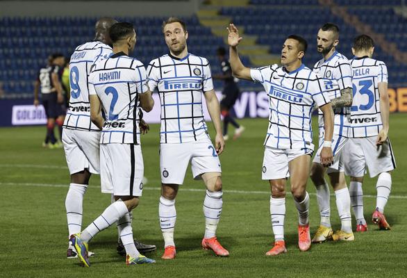Inter Milan vô địch Ý sau 11 năm - Ảnh 1.