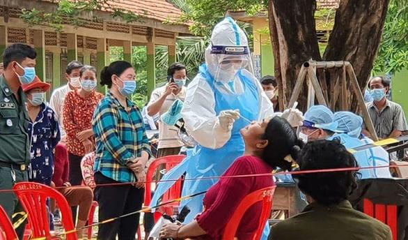 Campuchia cấm nhập thịt đông lạnh từ Ấn Độ, nhiều tỉnh công bố ca nhiễm mới - Ảnh 1.