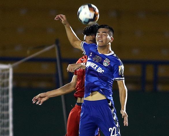 V-League 2021: Hoàng Anh Gia Lai có thắng liền 8 trận? - Ảnh 2.
