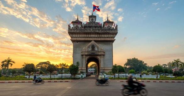 38 người Việt ở Lào mắc COVID-19 - Ảnh 1.