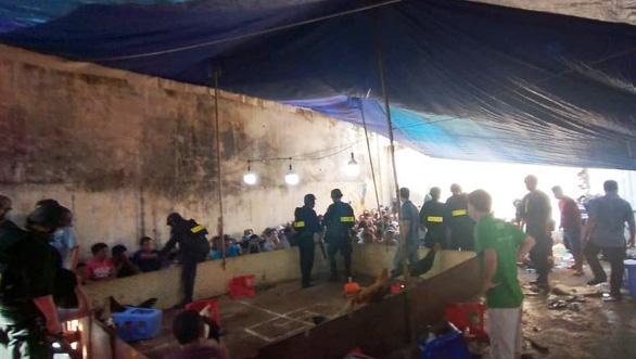 Khởi tố thêm 3 bị can vụ sòng bạc lớn trên đường Võ Văn Kiệt - Ảnh 2.