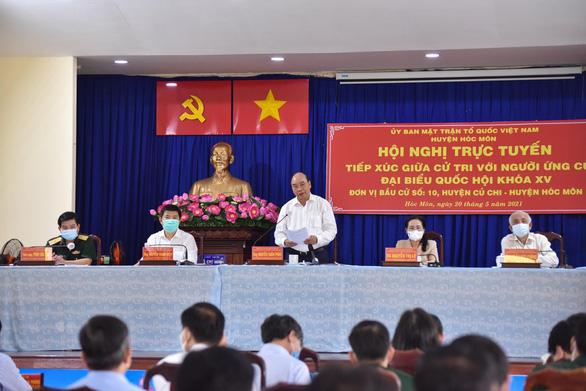 Chủ tịch nước Nguyễn Xuân Phúc: Để chiếc trực thăng mang tên TP.HCM cất cánh - Ảnh 3.