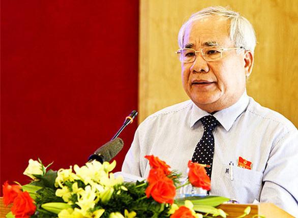 Khởi tố, bắt tạm giam nguyên phó chủ tịch tỉnh và nguyên giám đốc sở tại Khánh Hòa - Ảnh 1.