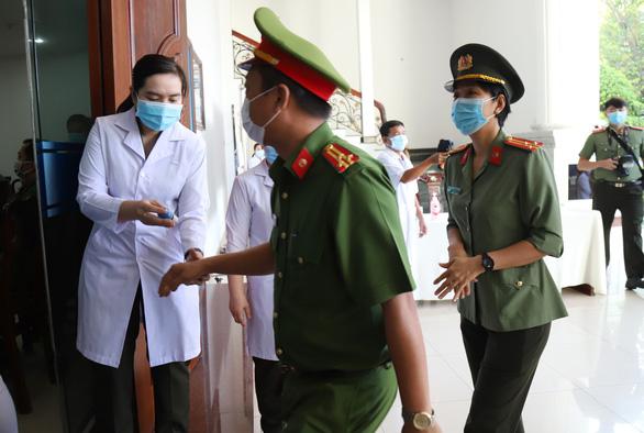 Lực lượng vũ trang Cần Thơ bầu cử sớm, nghiêm ngặt công tác phòng dịch - Ảnh 5.
