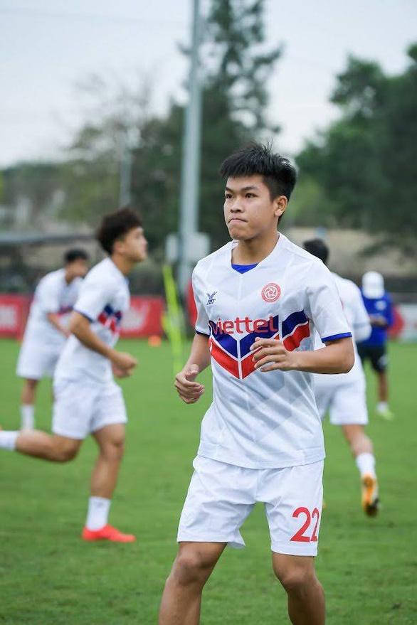 Hữu Thắng phủ nhận rời đội tuyển U22 Việt Nam vì vi phạm kỷ luật - Ảnh 1.
